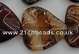 CAG6076 15.5 inches 30mm wavy triangle dragon veins agate beads