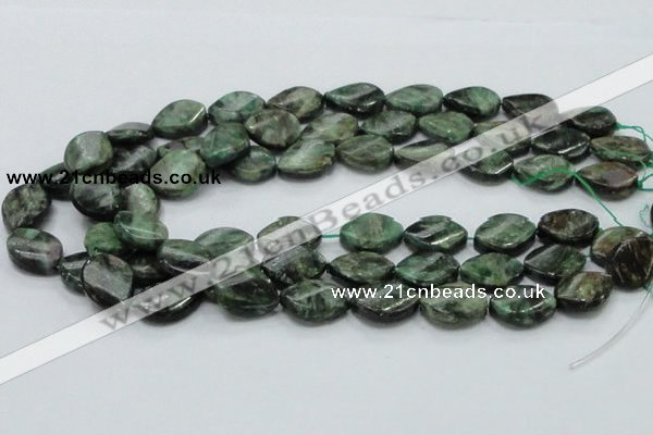 CEM28 15.5 inches 15*20mm twisted teardrop emerald gemstone beads