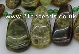 CTD3635 Top drilled 10*20mm - 15*45mm freeform green garnet beads