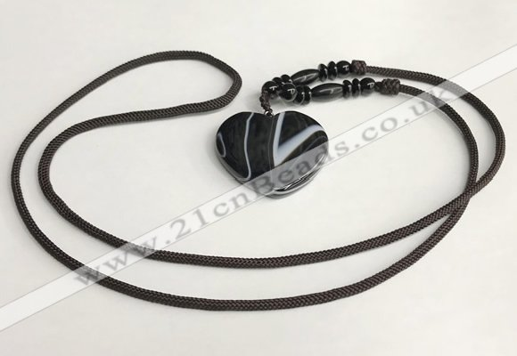 NGP5670 Agate heart pendant with nylon cord necklace